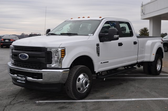 2018 F-350 Crew Cab DRW 4x4 Pickup #F18196 - photo 1