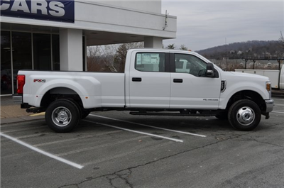 2018 F-350 Crew Cab DRW 4x4 Pickup #F18196 - photo 8