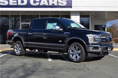 2018 F-150 Crew Cab 4x4, Pickup #F18202 - photo 3