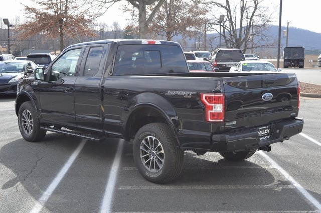 2018 F-150 Super Cab 4x4, Pickup #F18270 - photo 2