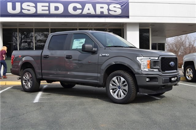 2018 F-150 Crew Cab 4x4, Pickup #F18291 - photo 3