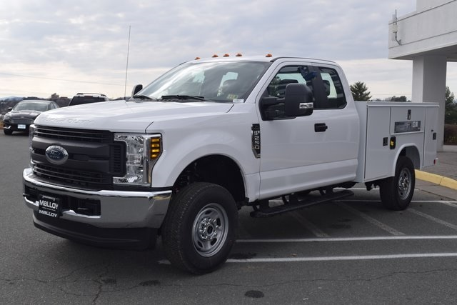 2018 F-250 Super Cab 4x4,  Reading SL Service Body #F18377 - photo 3