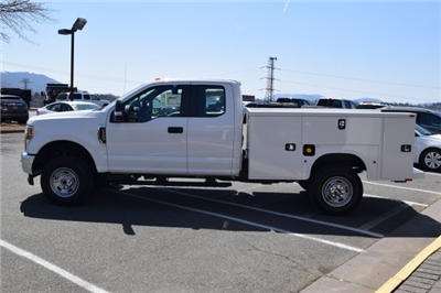 2018 F-250 Super Cab 4x4, Knapheide Standard Service Body #F18406 - photo 4