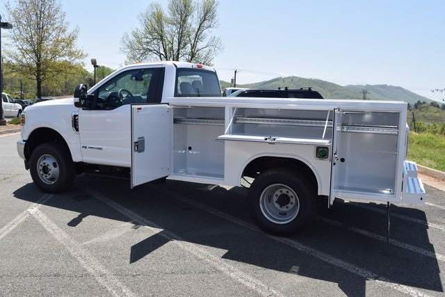 2018 F-350 Regular Cab DRW 4x4,  Service Body #F18462 - photo 15