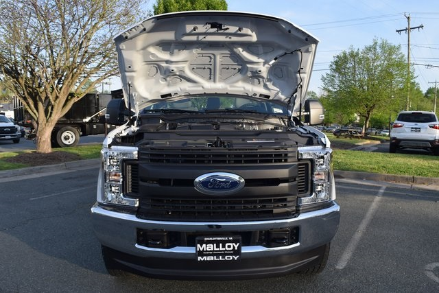 2018 F-350 Regular Cab 4x4, Reading Classic II Steel Service Body #F18496 - photo 12