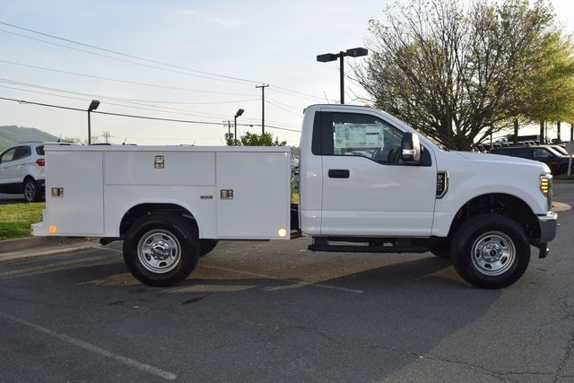 2018 F-350 Regular Cab 4x4, Reading Classic II Steel Service Body #F18496 - photo 8