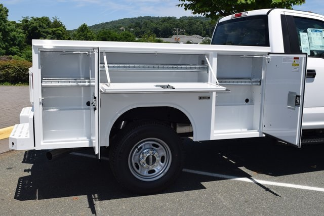 2018 F-250 Regular Cab 4x4,  Reading Service Body #F18558 - photo 17