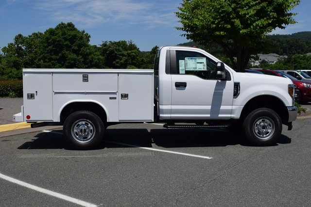 2018 F-250 Regular Cab 4x4,  Reading Service Body #F18558 - photo 8