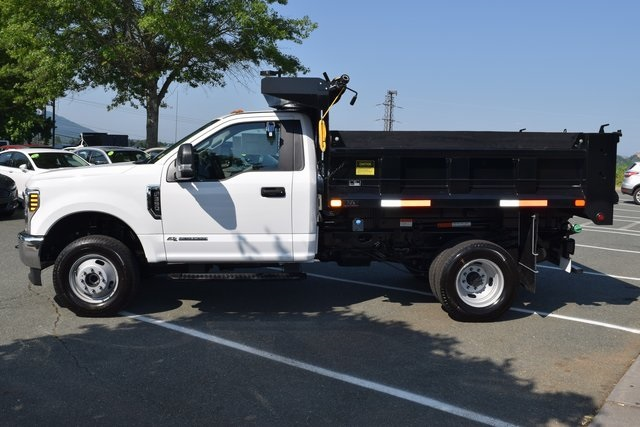2018 F-350 Regular Cab DRW 4x4,  Dump Body #F18566 - photo 5