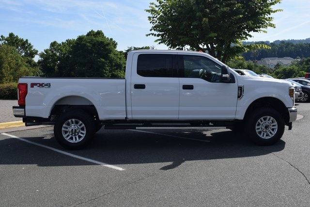 2018 F-250 Crew Cab 4x4,  Pickup #F18691 - photo 8