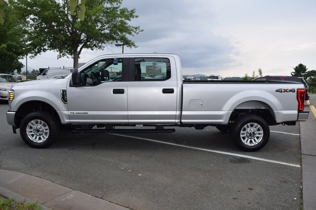 2018 F-250 Crew Cab 4x4,  Pickup #F18800 - photo 5