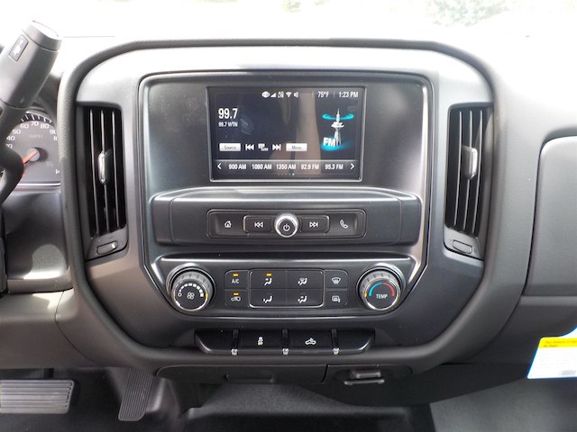 2017 Silverado 1500 Double Cab 4x2,  Pickup #17T592 - photo 18