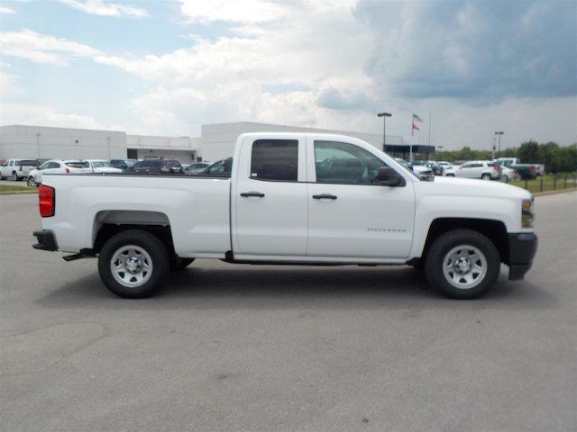 2017 Silverado 1500 Double Cab 4x2,  Pickup #17T592 - photo 8