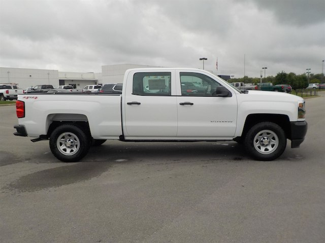 2017 Silverado 1500 Crew Cab 4x4, Pickup #17T596 - photo 8