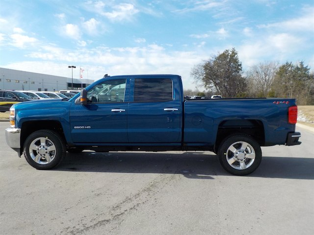 2018 Silverado 2500 Crew Cab 4x4, Pickup #18T244 - photo 5