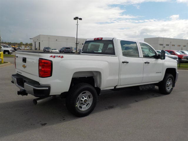 2018 Silverado 2500 Crew Cab 4x4,  Pickup #18T342 - photo 2