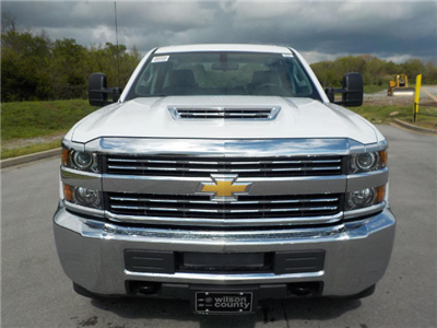 2018 Silverado 2500 Crew Cab 4x4,  Pickup #18T342 - photo 3