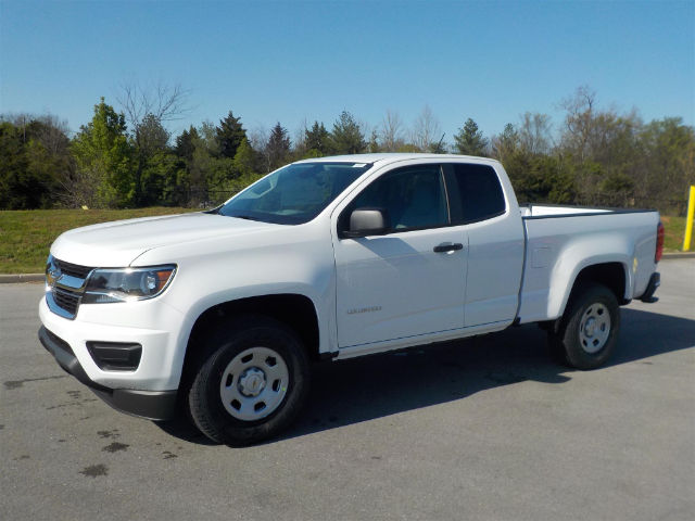 2018 Colorado Extended Cab,  Pickup #18T360 - photo 4