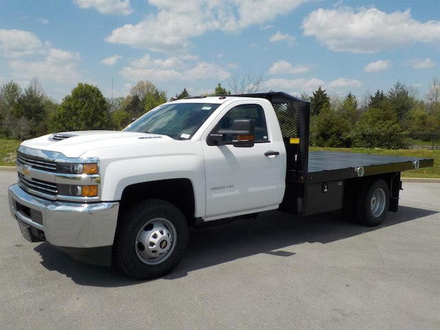 2018 Silverado 3500 Regular Cab DRW 4x4,  Monroe Platform Body #18T362 - photo 4