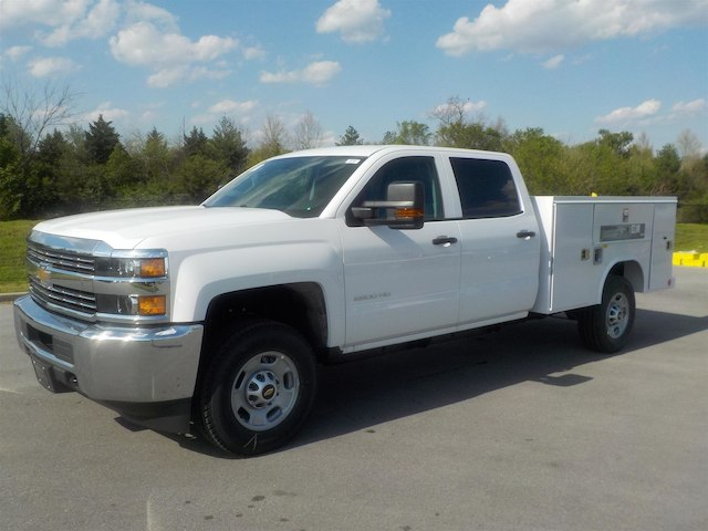 2018 Silverado 2500 Crew Cab 4x4,  Reading Service Body #18T384 - photo 4