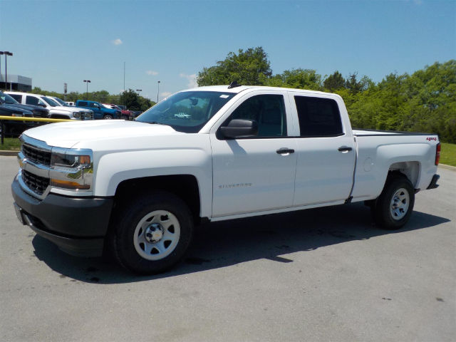 2018 Silverado 1500 Crew Cab 4x4, Pickup #18T394 - photo 3
