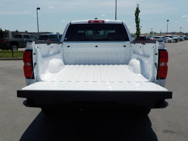 2018 Silverado 1500 Crew Cab 4x4, Pickup #18T394 - photo 31