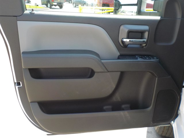 2018 Silverado 2500 Regular Cab 4x4,  Reading Service Body #18T414 - photo 11