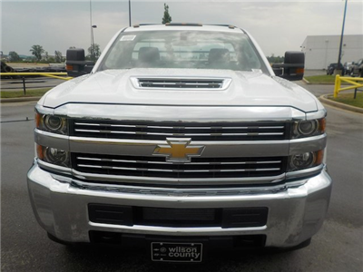 2018 Silverado 3500 Regular Cab DRW 4x2,  Reading Redi-Dek Platform Body #18T436 - photo 3