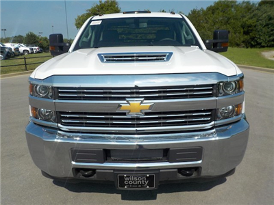 2018 Silverado 3500 Crew Cab DRW 4x4,  Reading Redi-Dek Platform Body #18T561 - photo 4