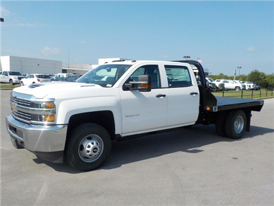 2018 Silverado 3500 Crew Cab DRW 4x4,  Reading Redi-Dek Platform Body #18T561 - photo 5