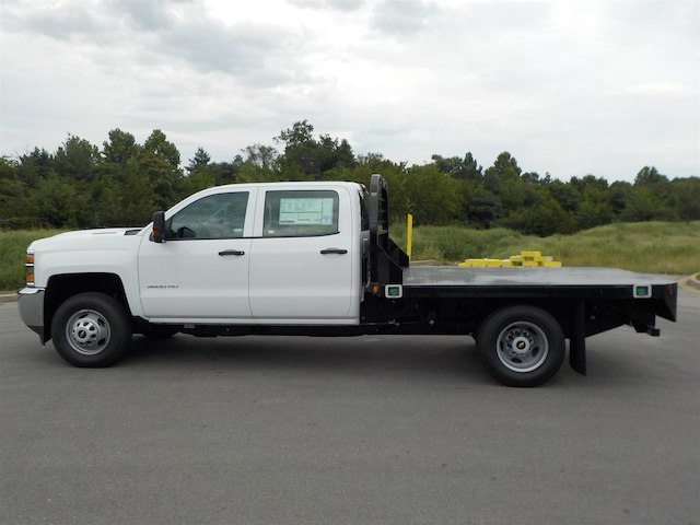 2018 Silverado 3500 Crew Cab DRW 4x4,  Reading Platform Body #18T565 - photo 5