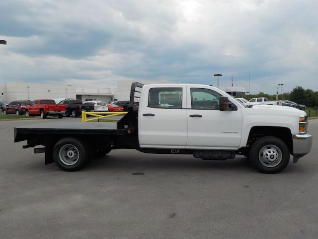 2018 Silverado 3500 Crew Cab DRW 4x4,  Reading Platform Body #18T565 - photo 8