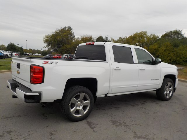 2018 Silverado 1500 Crew Cab 4x4,  Pickup #18T617 - photo 2