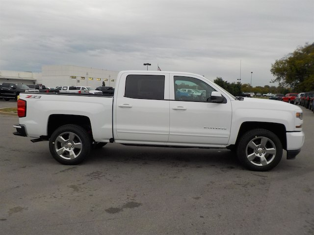 2018 Silverado 1500 Crew Cab 4x4,  Pickup #18T617 - photo 8