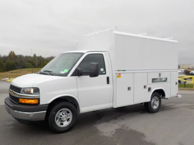 2018 Express 3500 4x2,  Reading Service Utility Van #18T640 - photo 4