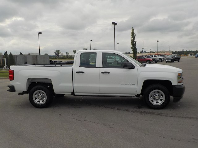 2019 Silverado 1500 Double Cab 4x2,  Pickup #19T010 - photo 8