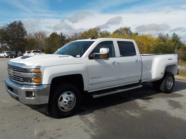 2019 Silverado 3500 Crew Cab 4x4,  Pickup #19T144 - photo 4