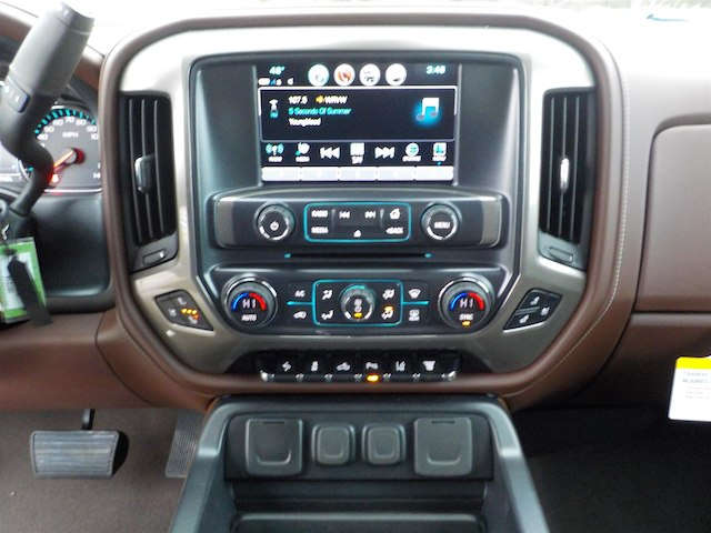 2019 Silverado 3500 Crew Cab 4x4,  Pickup #19T214 - photo 21