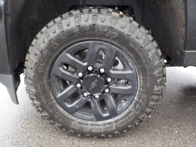 2019 Silverado 2500 Crew Cab 4x4,  Pickup #19T226 - photo 12