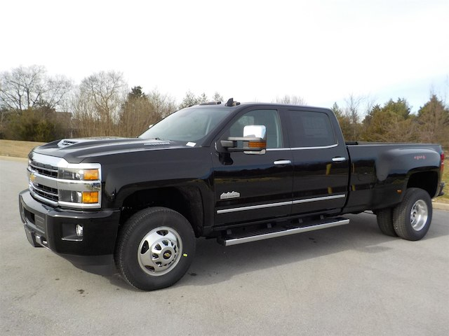 2019 Silverado 3500 Crew Cab 4x4,  Pickup #19T232 - photo 4