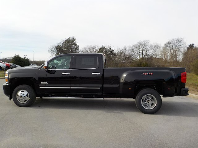 2019 Silverado 3500 Crew Cab 4x4,  Pickup #19T232 - photo 5