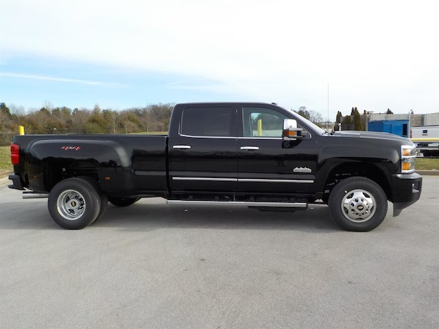 2019 Silverado 3500 Crew Cab 4x4,  Pickup #19T232 - photo 8