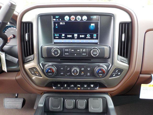 2019 Silverado 3500 Crew Cab 4x4,  Pickup #19T234 - photo 22