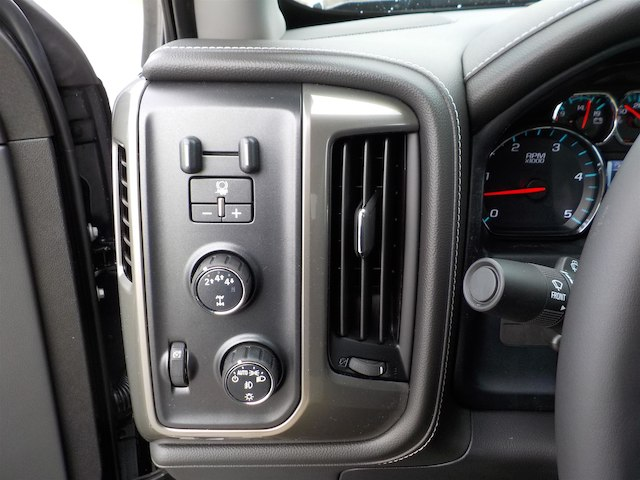 2019 Silverado 3500 Crew Cab 4x4,  Pickup #19T245 - photo 12