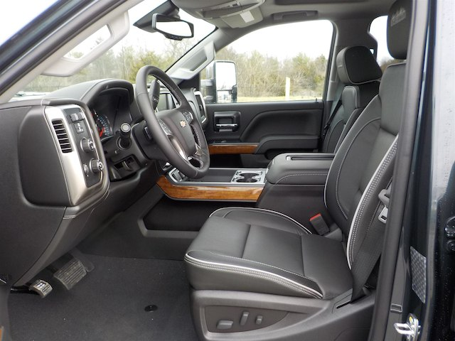 2019 Silverado 3500 Crew Cab 4x4,  Pickup #19T245 - photo 32
