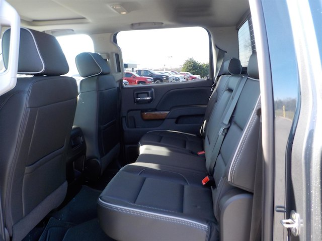 2019 Silverado 3500 Crew Cab 4x4,  Pickup #19T251 - photo 36