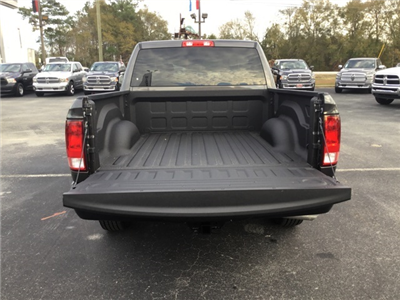 2018 Ram 1500 Crew Cab, Pickup #180115 - photo 11