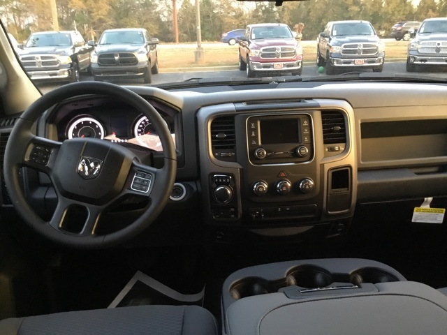 2018 Ram 1500 Quad Cab 4x4, Pickup #180116 - photo 5