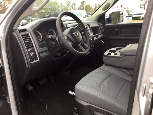 2018 Ram 1500 Crew Cab, Pickup #180125 - photo 8