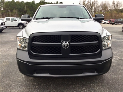 2018 Ram 1500 Crew Cab, Pickup #180125 - photo 3